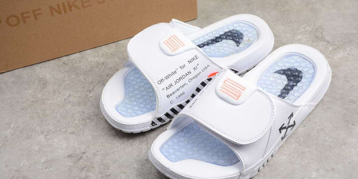 The new Nike beach slippers that are essential for summer are here!